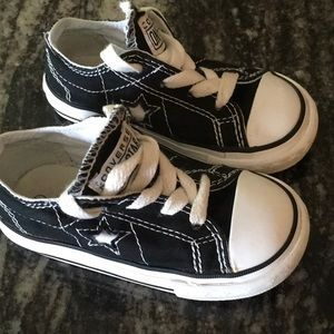 Converse One Star Toddler Black Sneakers size 6